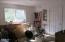 325 Fern St, Gleneden Beach, OR 97388 - Bedroom 1