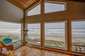 5304 SW Pacific Coast Hwy, Waldport, OR 97394 - View from Living rm