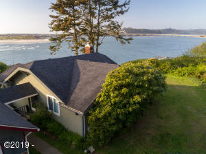 780, 784 SW Pacific Coast Hwy, Waldport, OR 97394 - 780
