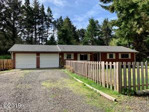 220 SE 126th Dr., South Beach, OR 97366 - Front of House