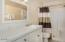 339 Kinnikinnick Way, Depoe Bay, OR 97341 - Master Bedroom Suite Bath 2