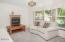 1480 NE Voyage Ave, Lincoln City, OR 97367 - Dining Area - View 1 (1280x850)