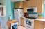1320 SE 2nd Ct, Lincoln City, OR 97367 - Kitchen