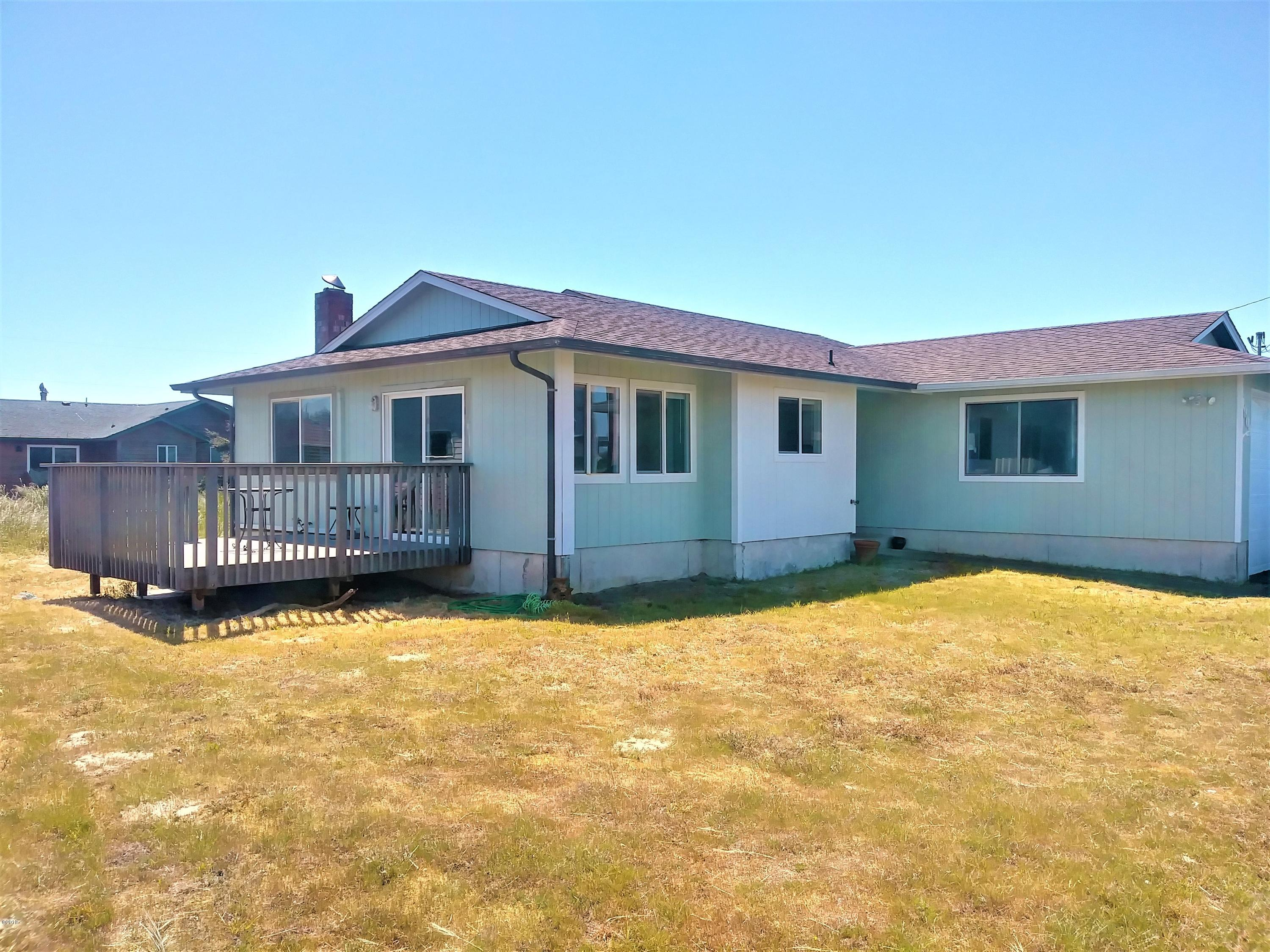 1909 NW Marineview Dr, Waldport, OR 97394 - Side Home