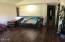 2415 NW Nye, Newport, OR 97365 - great room