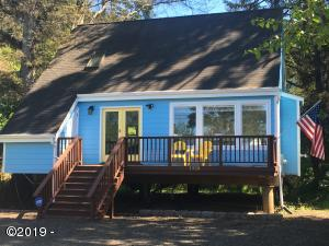 1320 SE 2nd Ct, Lincoln City, OR 97367 - Must See