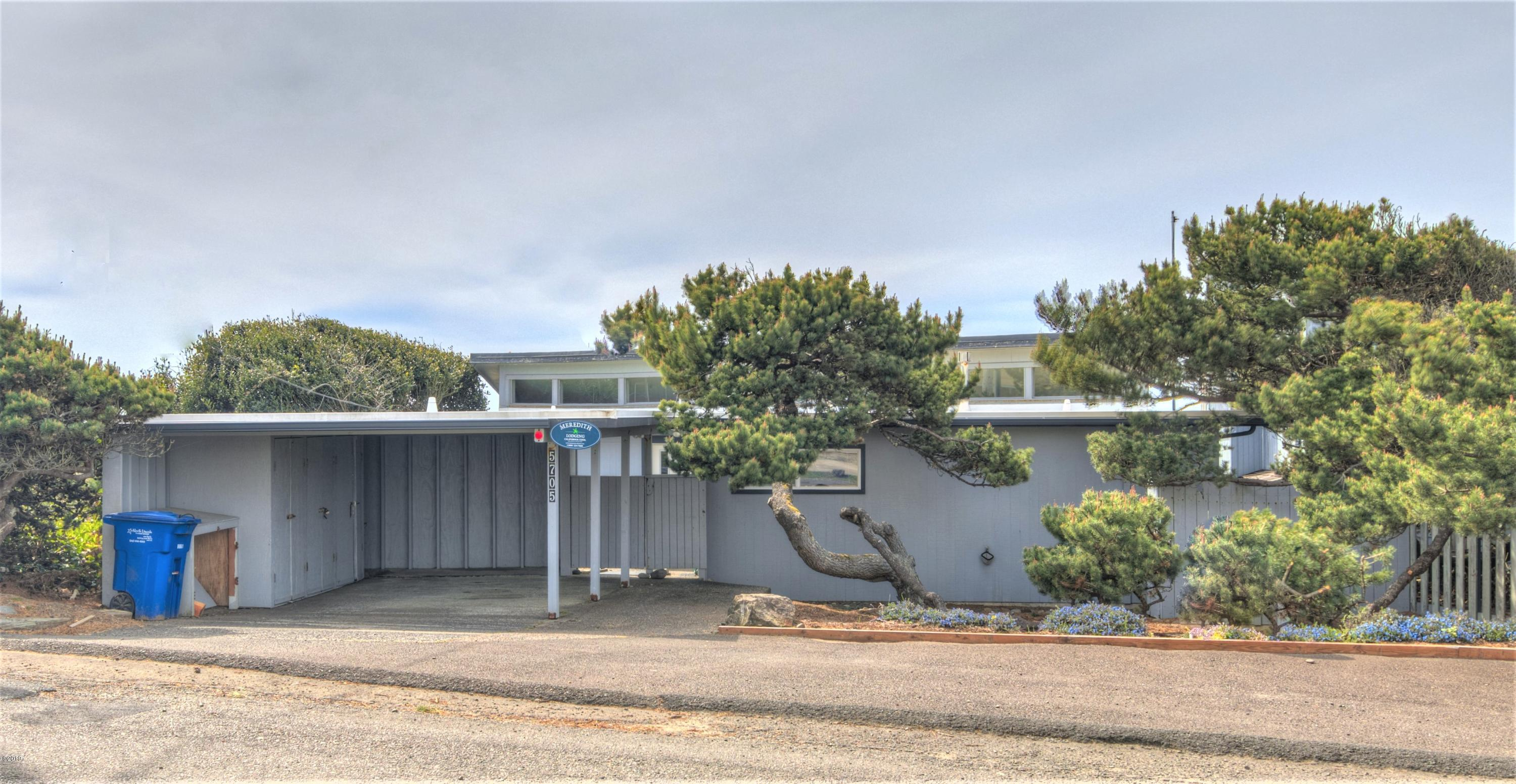 5705 NW Jetty Ave, Lincoln City, OR 97367 - Roads End Oceanfront