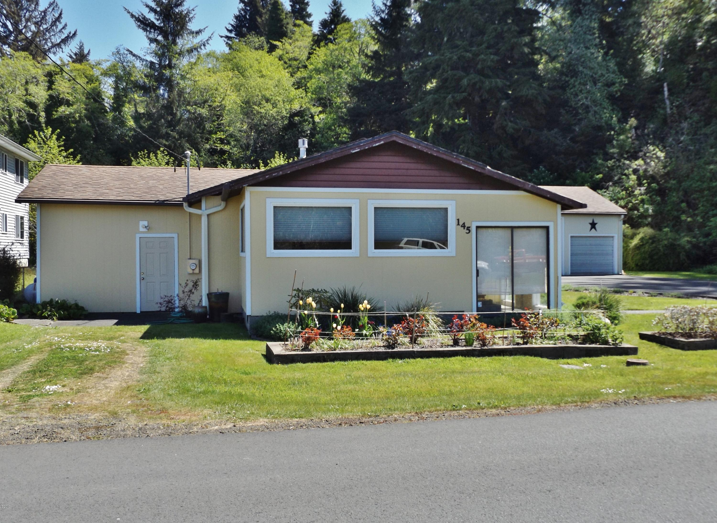 145 NW Alder St, Waldport, OR 97394 - 145 N W Alder MLS Photo