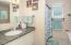 8385 NE Ridgecrest Ct, Otis, OR 97368 - Master Bath - View 1 (1280x850)