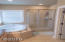 3576 NE Reef Dr, Lincoln City, OR 97367 - Master Bathroom