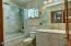 1555 Page Creek Rd, Grants Pass, OR 97523 - Guest Bathroom