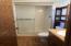 1207 NW Lake St, Newport, OR 97365 - Master Bathroom