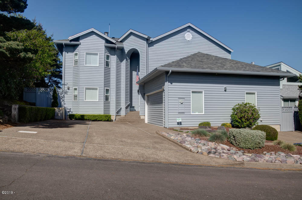 2535 NW Pacific St, Newport, OR 97365 - Front of home.