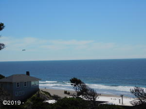 1105 NW Inlet Ave, Lincoln City, OR 97367 - View