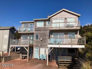 2223,2221 SW Coast Ave, Lincoln City, OR 97367 - Ocean Front 3 Level Home