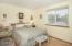 5410 Palisades Dr, Lincoln City, OR 97367 - Master Bedroom - View 1 (1280x850)