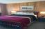 3641 NW Oceanview Dr, 112, Newport, OR 97365 - queen bed