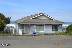 4003 Lincoln Ave, Depoe Bay, OR 97341 - 1