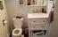 6524 SW Harbor Ave, Lincoln City, OR 97367 - Bathroom