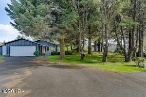 799+ Estate Place, Seal Rock, OR 97376