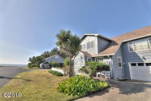 431 W 2nd St, Yachats, OR 97498 - Rock Park Cottages