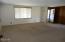 380 NE Grant Street, Waldport, OR 97394 - Living room
