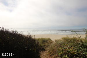 5050 SW Pacific Coast Hwy, Waldport, OR 97394 - 5050 SW PCH