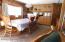 923 SE Bay Blvd, #41, Newport, OR 97365 - Dinning Room