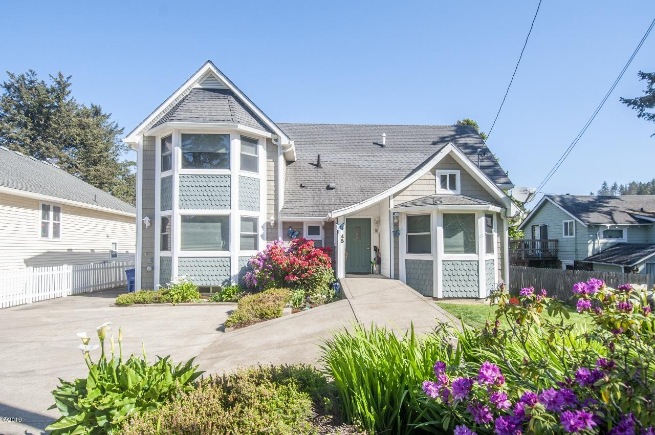 45 NW Vista St, Depoe Bay, OR 97341