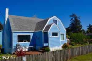109 SE Coos St, Newport, OR 97365 - Street View