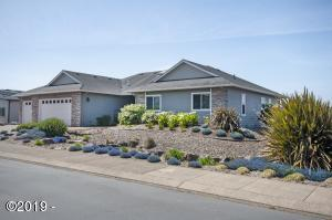 4567 NW Pacific Ct., Lincoln City, OR 97367 - Curbside