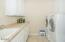 4567 NW Pacific Ct., Lincoln City, OR 97367 - Laundry Room
