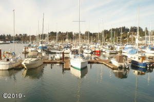 1000 SE Bay M130 Blvd, Newport, OR 97365 - Marina Embarcadero