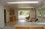6931 Yaquina Bay Rd, Newport, OR 97365 - Kitchen/dining