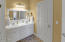 2477 SW Anemone Ave, Lincoln City, OR 97367 - Master Bathroom