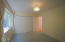 556 Fairway Dr, Gleneden Beach, OR 97388 - 1st floor bedroom