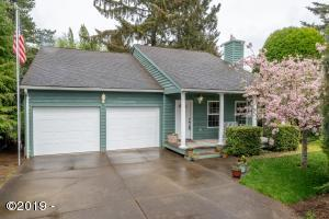 915 NW Lanai Loop, Seal Rock, OR 97376 - Cape Cod