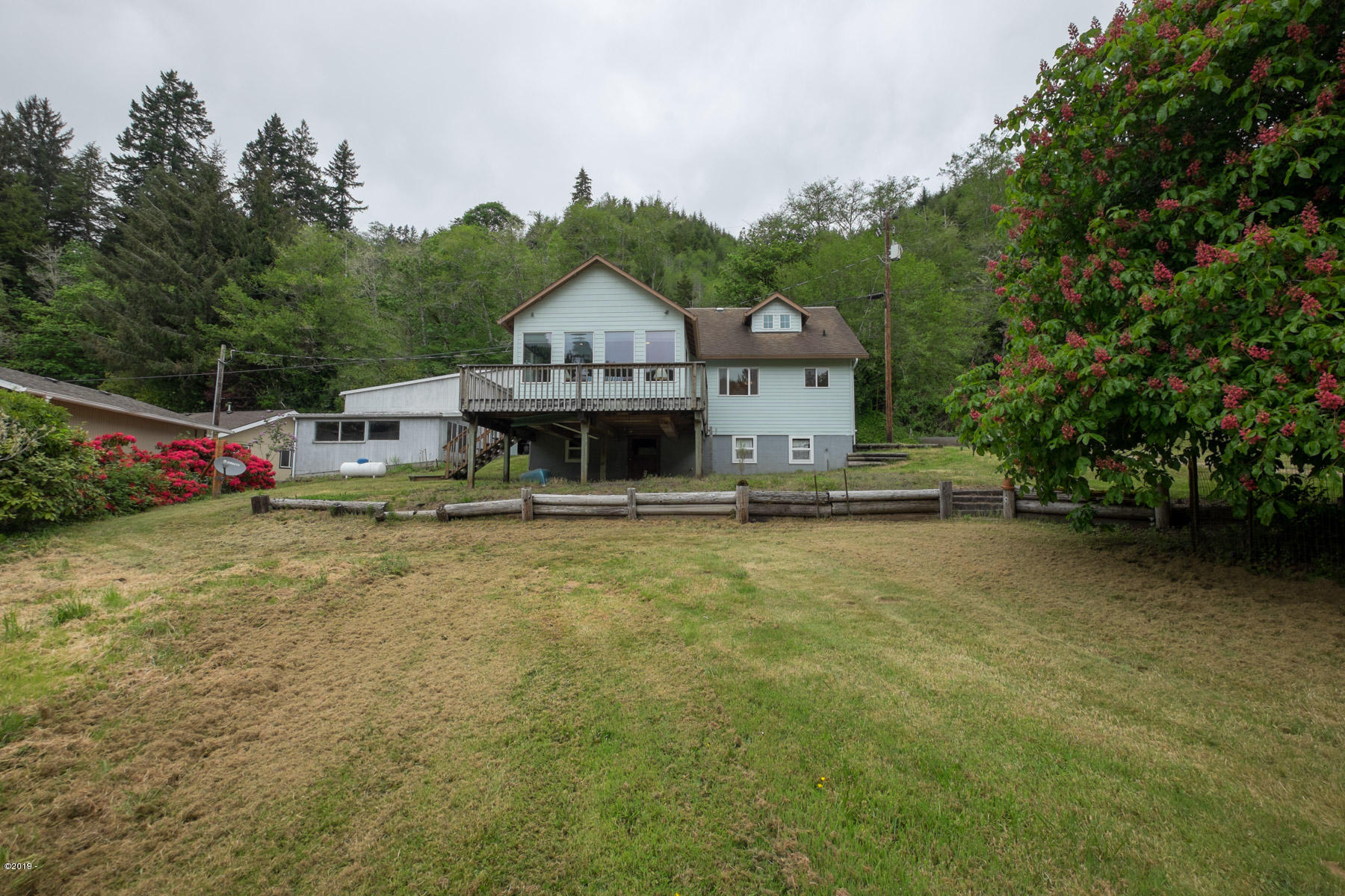 4404 Siletz Hwy, Lincoln City, OR 97367 - Exterior