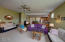 475 SE 35th St, A8, Newport, OR 97366 - living rm