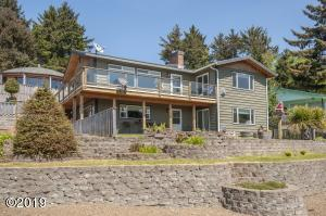 2207 NE 35th St, Lincoln City, OR 97367 - Exterior - View 1 (1280x850)