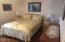 5655 El Circulo Ave, Gleneden Beach, OR 97388 - Bedroom