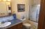 5655 El Circulo Ave, Gleneden Beach, OR 97388 - Bathroom