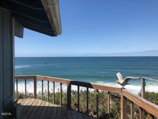 5655 El Circulo Ave, Gleneden Beach, OR 97388 - Ocean Front Home