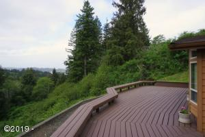 7610 NE Viewcrest Court, Otis, OR 97368 - Deck and View 1.2