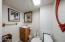 4902 SW Coast Ave, Lincoln City, OR 97367 - Bathroom
