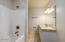 1611 NW 25th St, Lincoln City, OR 97367 - Lower Master Bathroom