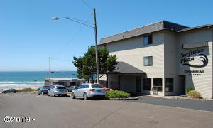 1415 NW 31st Pl, 271, Lincoln City, OR 97367 - Surftides Plaza!