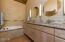 17900 Mountain View Rd, Sisters, OR 97759 - MBA w/tub