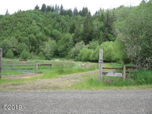 XX Fiddle Creek Road, Florence, OR 97393