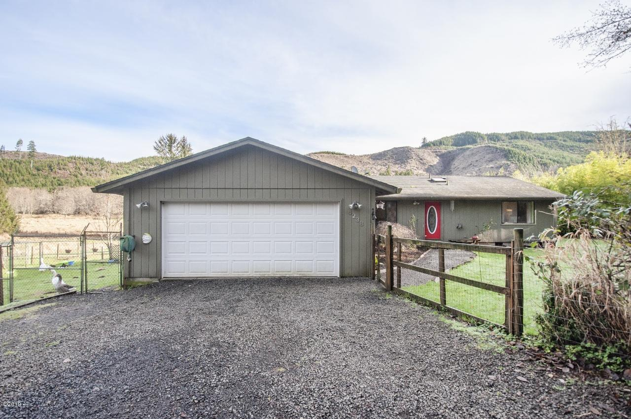 6238 S Immonen Rd, Lincoln City, OR 97367 - Attached 2 Car Garage